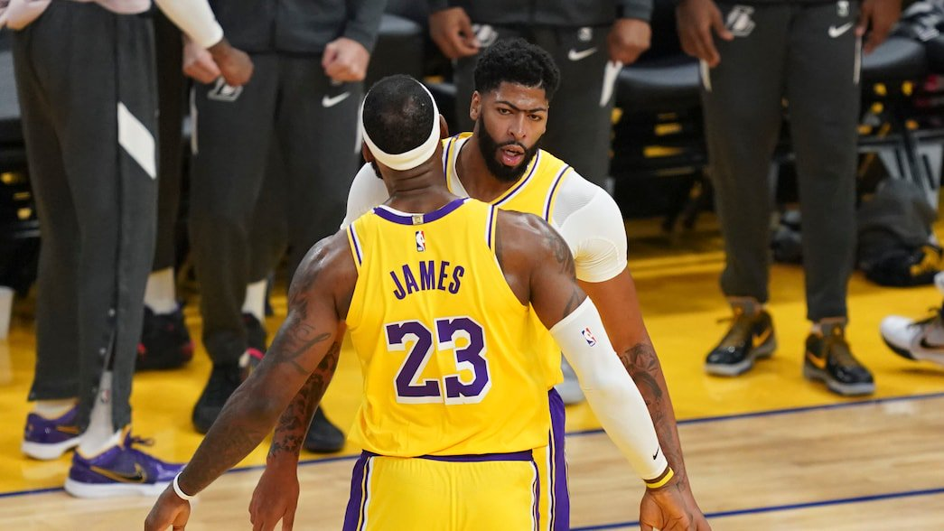 How will injuries impact the Lakers? http://dlvr.it/RGCRyx