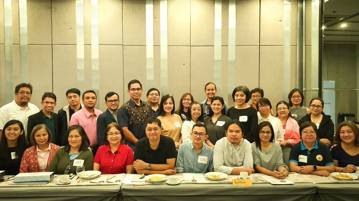 Thank you to Social Democracy in Asia (Socdem Asia), Danish Social Democratic Party (SDP), Office of Senator @risahontiveros and the Active Citizenship Foundation for inviting @WHOPhilippines as a resource for LGU participants on the topic of Realizing #UHC in the Philippines.