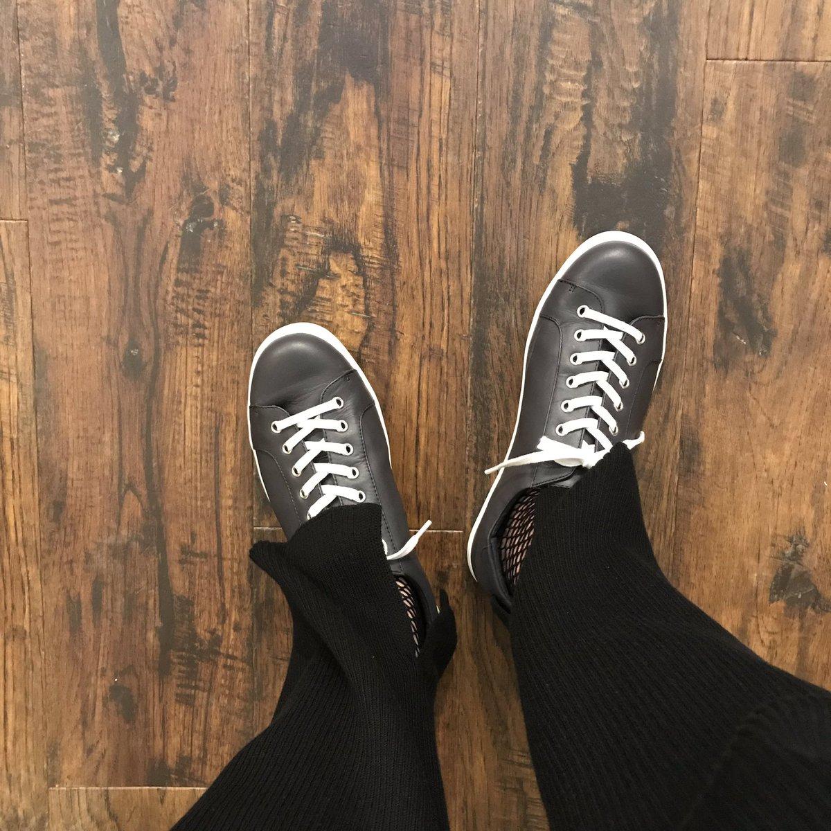 【MARGARET HOWELL idea】 size 24cm  #margarethowellidea  #shoes  #レザースニーカー #古着屋pic.twitter.com/XU4oE2gBQK