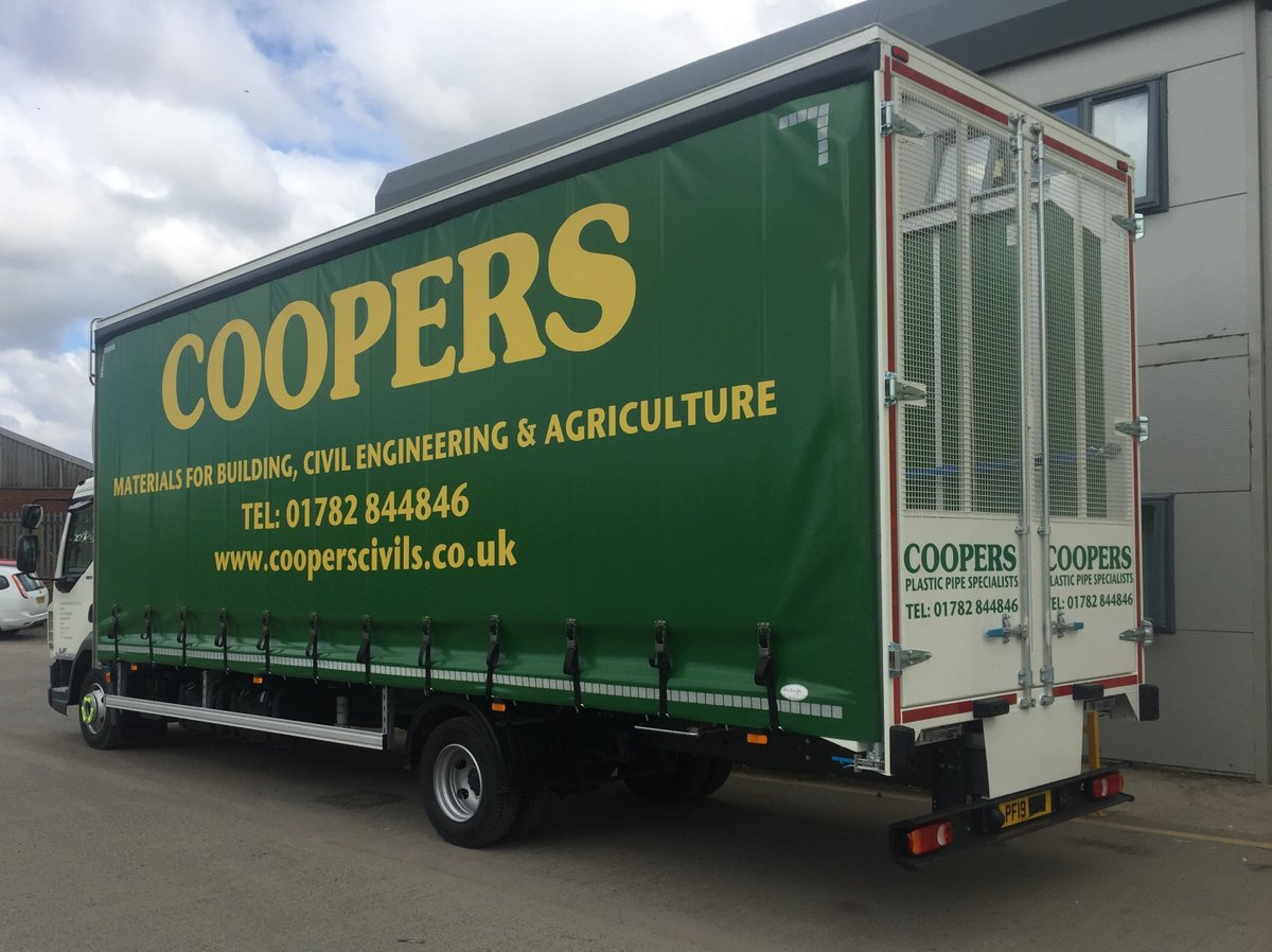 test Twitter Media - 7.5t DAF LF Roofless Curtainsider for drainage pipe carrying. Internal load restraint pole and socket setup.   With thanks to @LancashireDaf  / @ProhireLimited    @cooperscivils @coopersdrainage @DAFTrucksUK  #DAF #LF #Curtainsider #MWHull #KeepingBritainMoving https://t.co/ZFmpjLCSDs