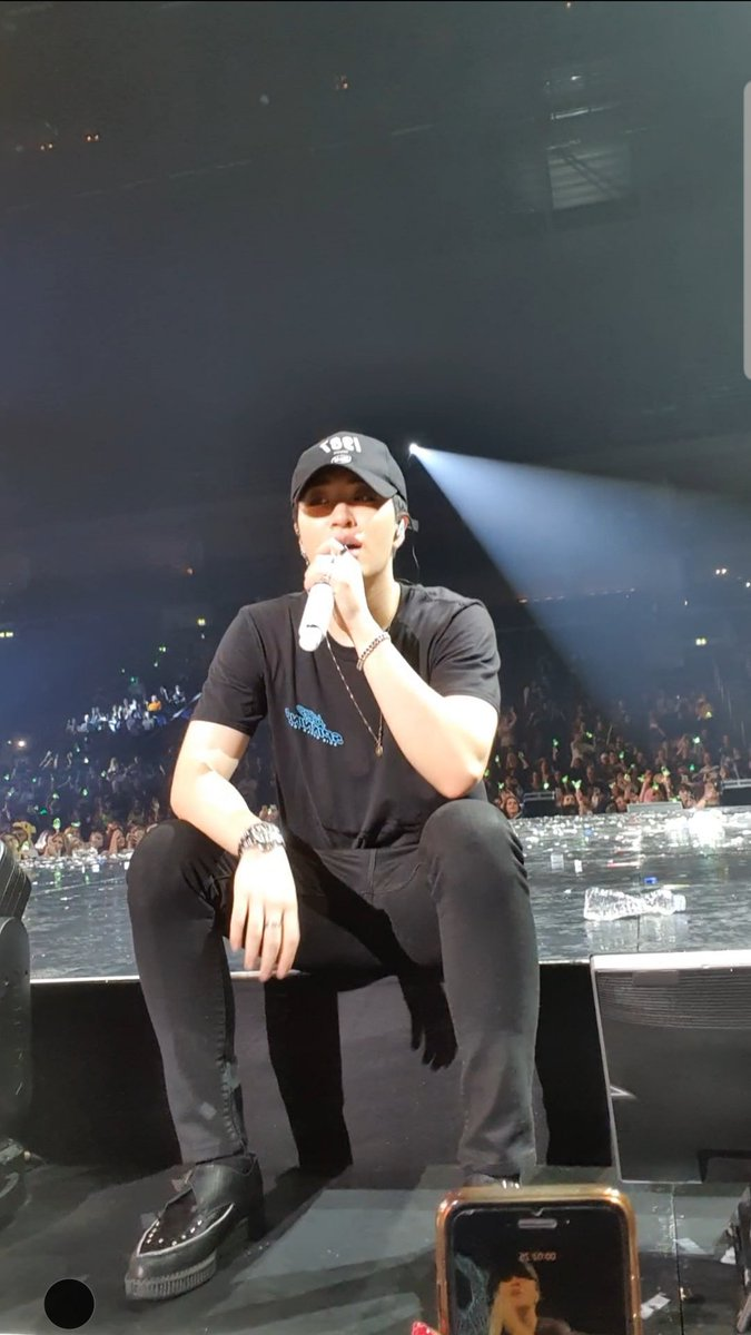 I'm the happiest human on earth  Thank you for this beautiful Moment @GOT7Official @GOTYJ_Ars_Vita #GOT7inBerlin  #KeepSpinningInBerlin<br>http://pic.twitter.com/ZivPQ61IvO
