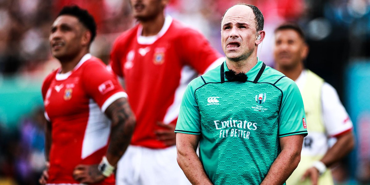 🏆 Milestone for Jaco Peyper ✅ Wayne Barnes to ref Boks in Tokyo 🏈 Referees named for RWC quarters 🔗 bit.ly/2IPPmZU #StrongerTogether #RWC2019