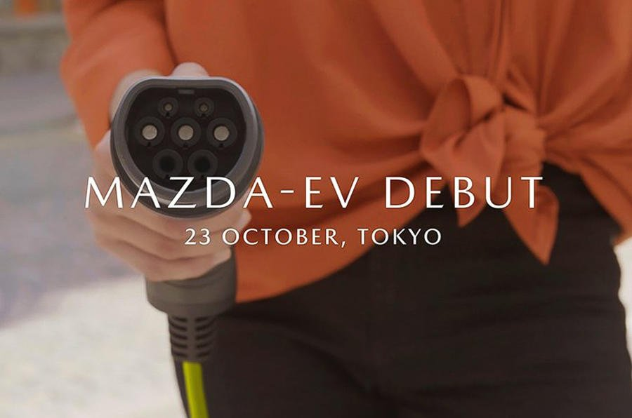 The interior of @Mazda_UKs first EV is said to create a sense of closeness between passengers while remaining open and comfortable. Well see it for ourselves at next weeks Tokyo motor show buff.ly/2BfPIop