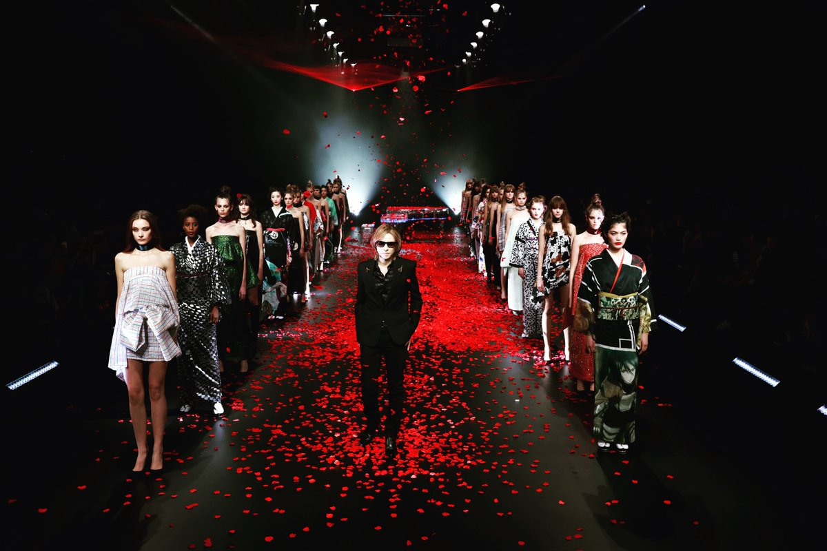 Thank you everyone for making this fashion show happen!#TokyoFashionWeek 2020 S/S@yoshikimonojpn @RakutenFWT #yoshiki #yoshikimono #attackontitan #bloodreddragonYOSHIKIによる「ヨシキモノ」がトップバッターを飾る!