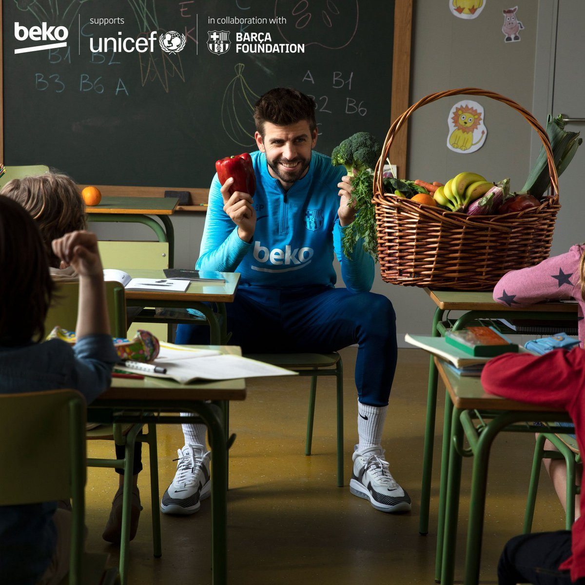 Every child has the right to #EatLikeAPro but in todays UNICEF State of The World's Children report almost 45% of children are not fed fruits or veggies. That is why with @FCBarcelona, we are partnering with @UNICEF to raise awareness of healthy eating habits. https://twitter.com/UNICEF/status/1183896529741996032…