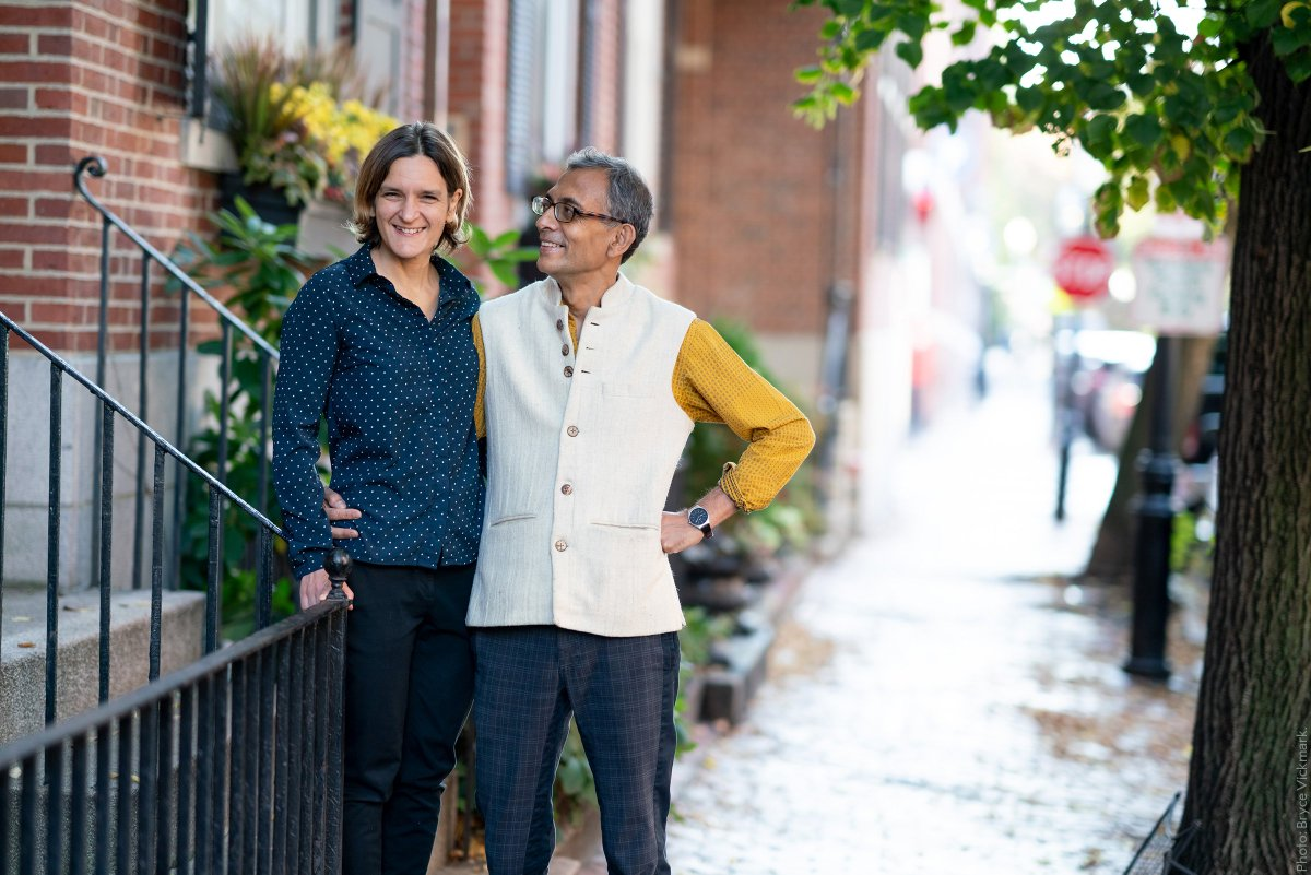 The fifth married couple that jointly have been awarded a Nobel Prize or Prize in Economic Sciences - Esther Duflo and Abhijit Banerjee! This picture of them outside their home in Boston, USA, was taken after the announcement of the 2019 Prize in Economic Sciences.#NobelFacts