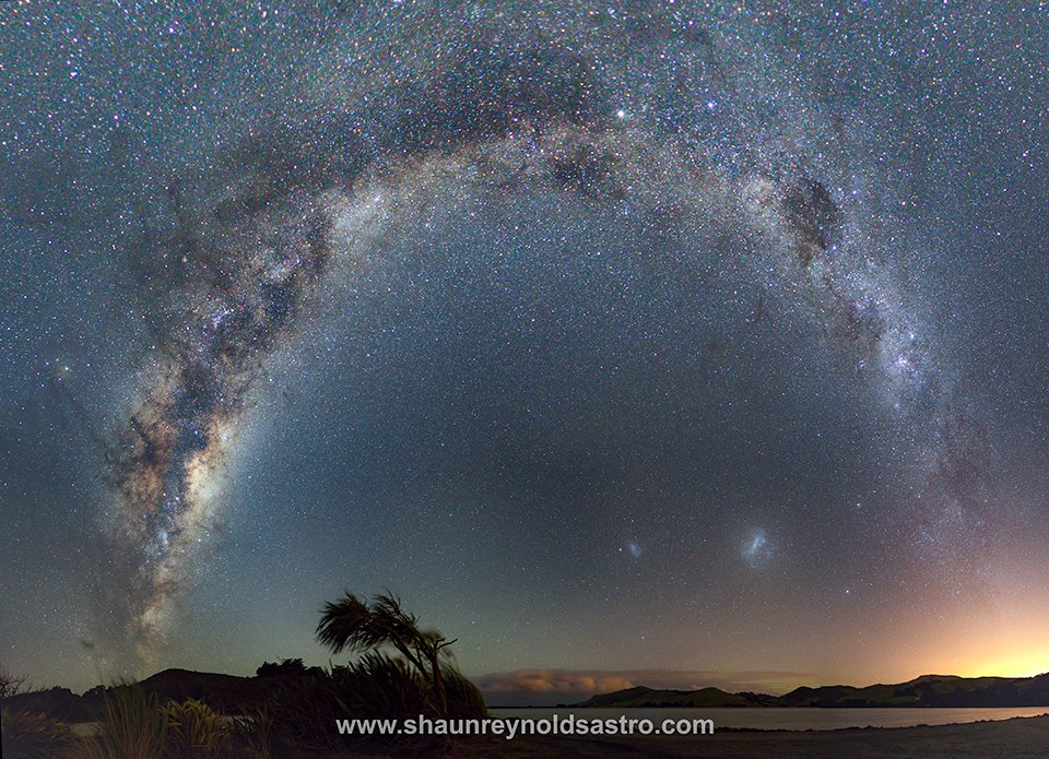 Otago Peninsula,  New Zealand,  one of the best places on the planet for dark skies  Captured 2017 <br>http://pic.twitter.com/xHAOjwW9QR