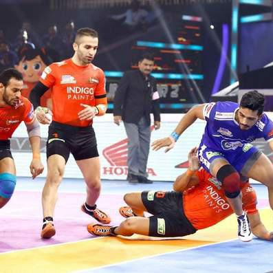 """#PKL  """"u mumba"""" great victry and going semifinal <br>http://pic.twitter.com/9Y8BkUhGro"""
