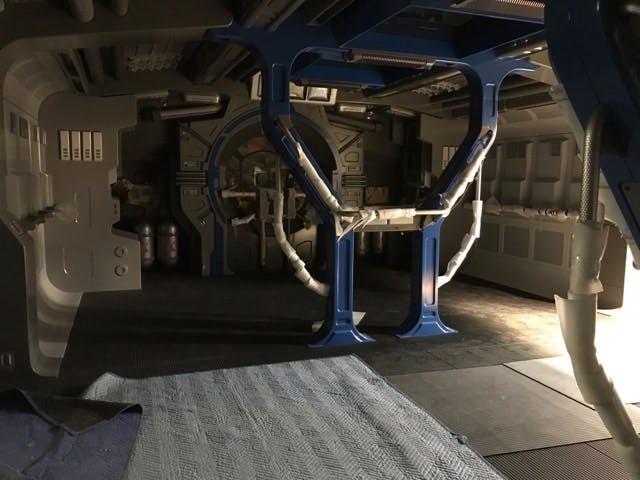 PHOTOS: Leaked Images of Resistance Intersystem Transport Ship Interior Surface from Rise of the Resistance Attraction in Star Wars: Galaxy's Edgehttp://wdwnt.news/19101505