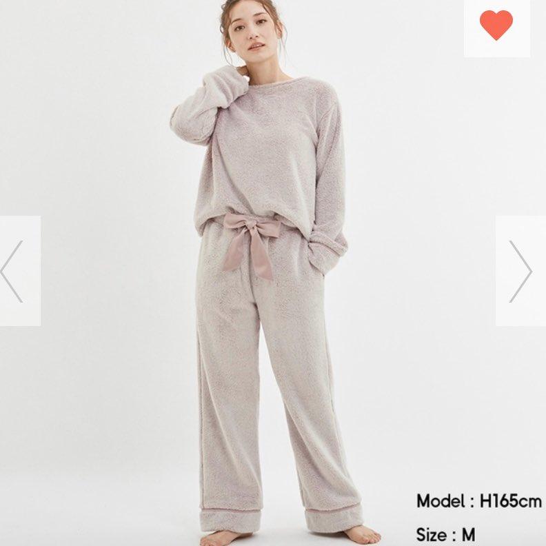 昨日発売のGUの新作パジャマめちゃ可愛い…マシュマロフィールラウンジセット。くすみカラーで無駄のないシンプルさがすごく好み!GUのマシュマロルームウェアシリーズって洗濯しても全然劣化しないし超暖かくて大好き、どの色買おうか迷う…
