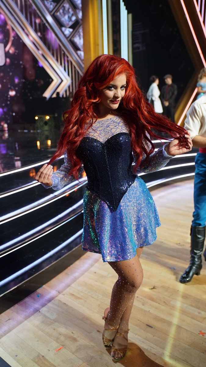Still WIGGING out that I got to be Ariel for @disney night on @dancingabc. Did you sea the performance? It shore was fun. 🧜‍♀️💕