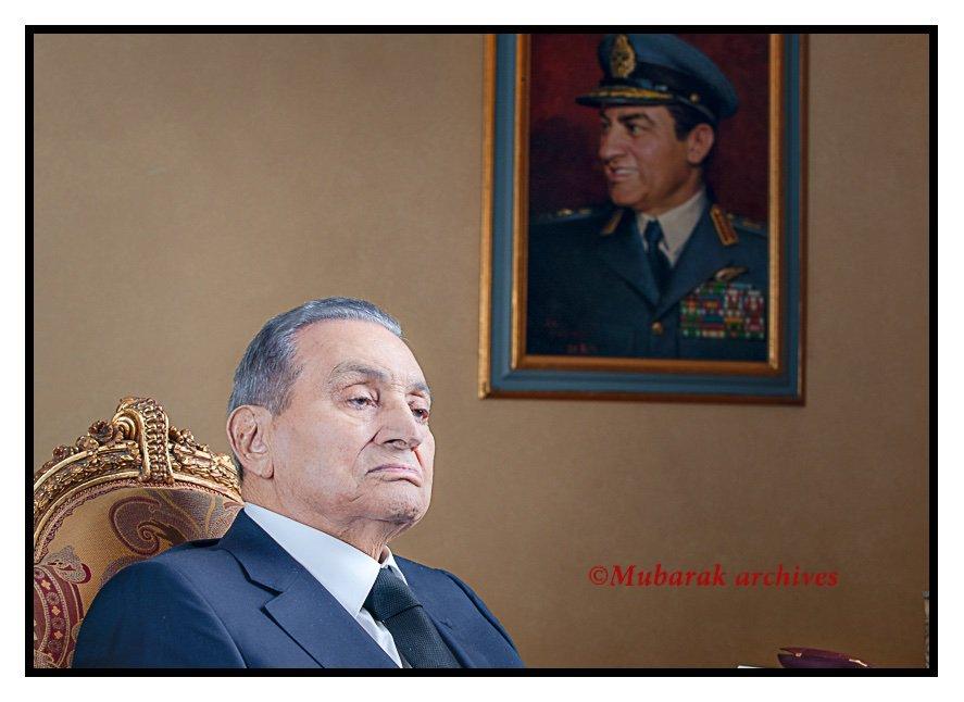 الرئيس مبارك يستعيد بعض ذكريات حرب أكتوبر... الساعة ٨:٣٠ مساء اليوم علي الرابط المحدث التالي:https://youtu.be/yyChz6zAskc