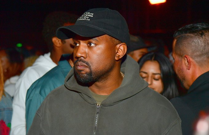"Kanye's pastor talks about the rapper's transformation—and how you can't curse around him anymore.  ""[Kanye] told me, 'From now on, all I want to do is serve Christ.'""  http:// cmplx.co/j9Dnzgm     <br>http://pic.twitter.com/2UV9CVjqXY"