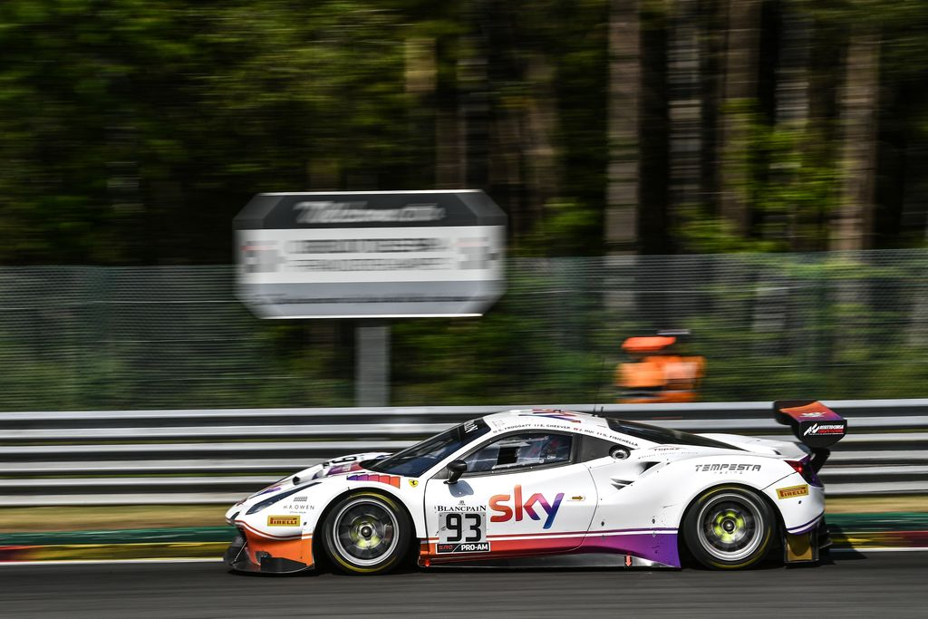 Promoted: Are you a #Ferrari lover? Thanks to Sky and Tempesta Racing, you could win VIP tickets to the 2019 Ferrari Challenge finale, including travel and accommodation. Enter here: buff.ly/33lsJnV