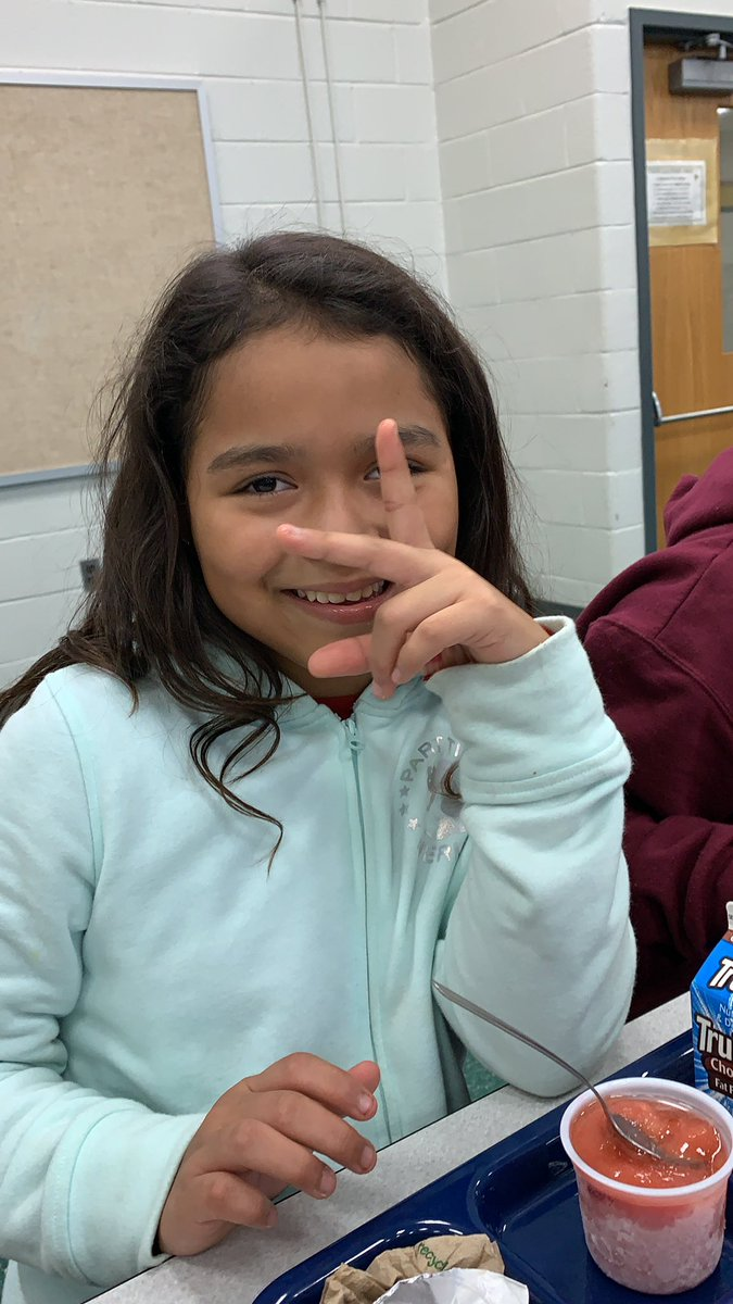 If laughter was contagious, this young lady would spark an epidemic. #GoodVibes #FLHornets