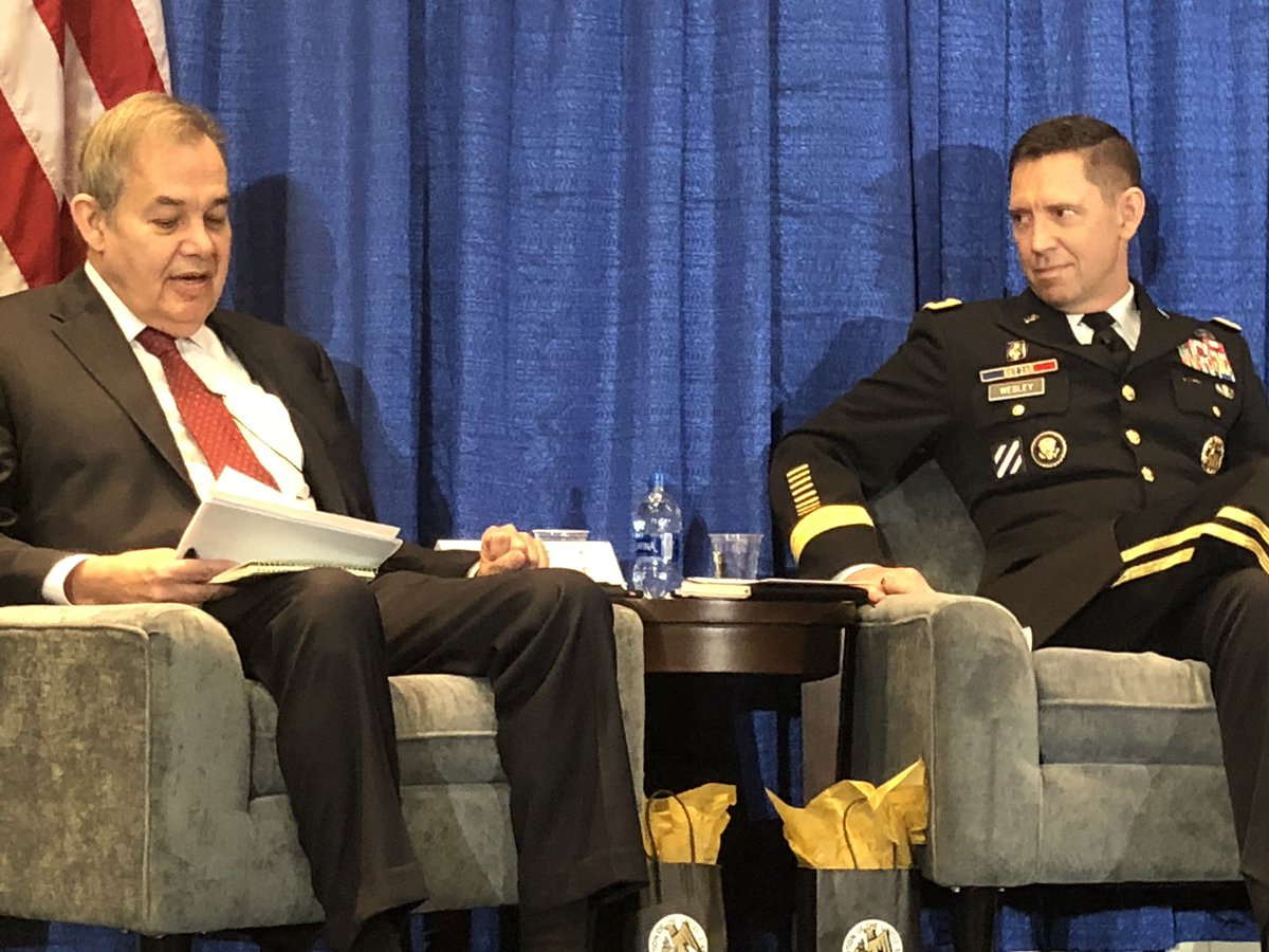 """Modernization operationalized: @USArmy leader LTG Eric Wesley, @armyfutures sits down with @WSJ @CSIS and #Australian Army to discuss winning conflict """"Left of Center."""" @AdaptingTheArmy #FutureFocused #AUSA2019<br>http://pic.twitter.com/tIOQYBtDZH"""