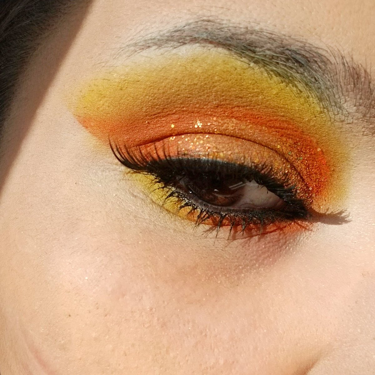 Im sorry I didnt have Time to do my Eyebrow so Please Ignore That!✅✅😋 Used the @Glamlite Paint Pallet and @ColourPopCo Shes a Rainbow Pallet💖 #JeffreeStarCosmetics @JeffreeStar #jeffreestarprlist @Jaclynhill @MorpheBrushes @bhcosmetics @shopjKo @SeLfMaDeJMA @shopbellaandco