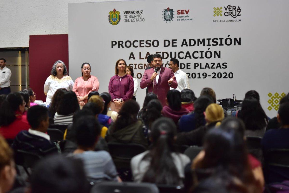 Con entrega de 183 plazas garantiza SEV educación básica  #Veracruz #Bocadelrio #Xalapa @SEducacionVer @ZenyazenEscobar #entregan #183plazas #educacionbasica