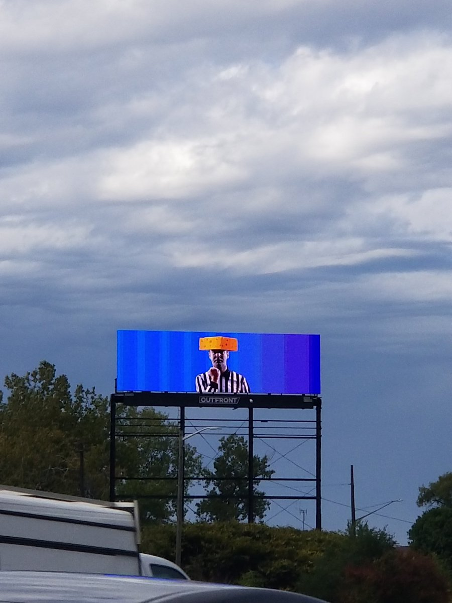 NFL: Lions fans mock refs with clever billboards in Detroit