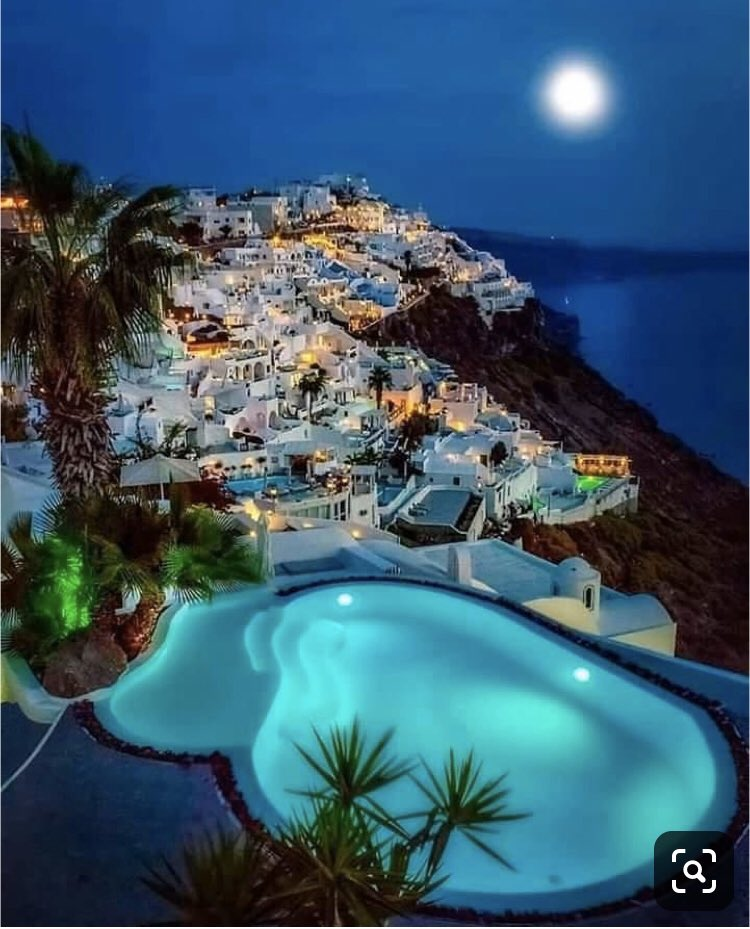 Good night My twitter friends/Santorini/Island/Amazing night Photography full moon <br>http://pic.twitter.com/mdoKdLmQyW