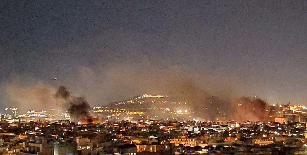 Barcelona arde por la furia de los independentistas EG8oiThWkAA0IG9