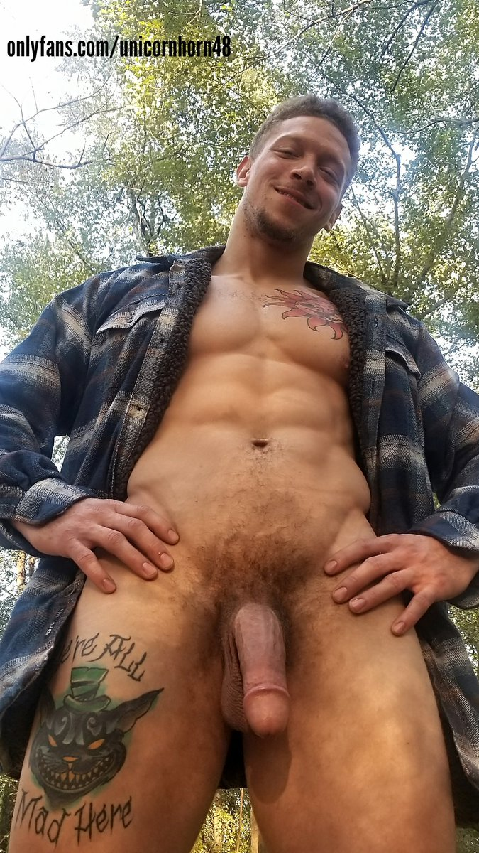 😈 who wants to come and explore my woods? onlyfans.com/unicornhorn48 #bigdick #muscle #hung #onlyfans #ManyVids #tuesdayvibes #TuesdayThoughts #outdoor #exhibition