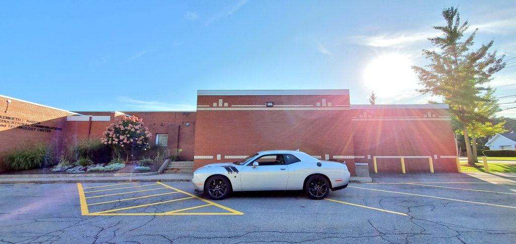 I got the sun in the morning and the moon at night! #ThinkPositive #BeTheLight #Challenger<br>http://pic.twitter.com/fnoICaCzR1 – à Boces #1 Fairport, NY
