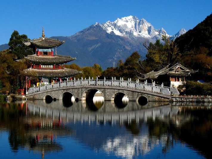 Black Dragon Pool Park is located in Lijiang Old Town, Yunnan Province of China. The pool is also called Jade Spring Park, reflecting its endless bubbling clear spring waters. It has an area of 40 hectares, and also a good place for bird and water-life, with spectacular plants. <br>http://pic.twitter.com/L7IWzIvIEB