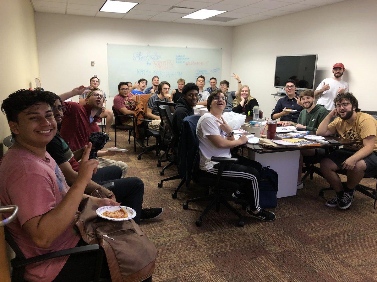 We've got a full house!!! #DebateWithBernie #StudentsForBernie