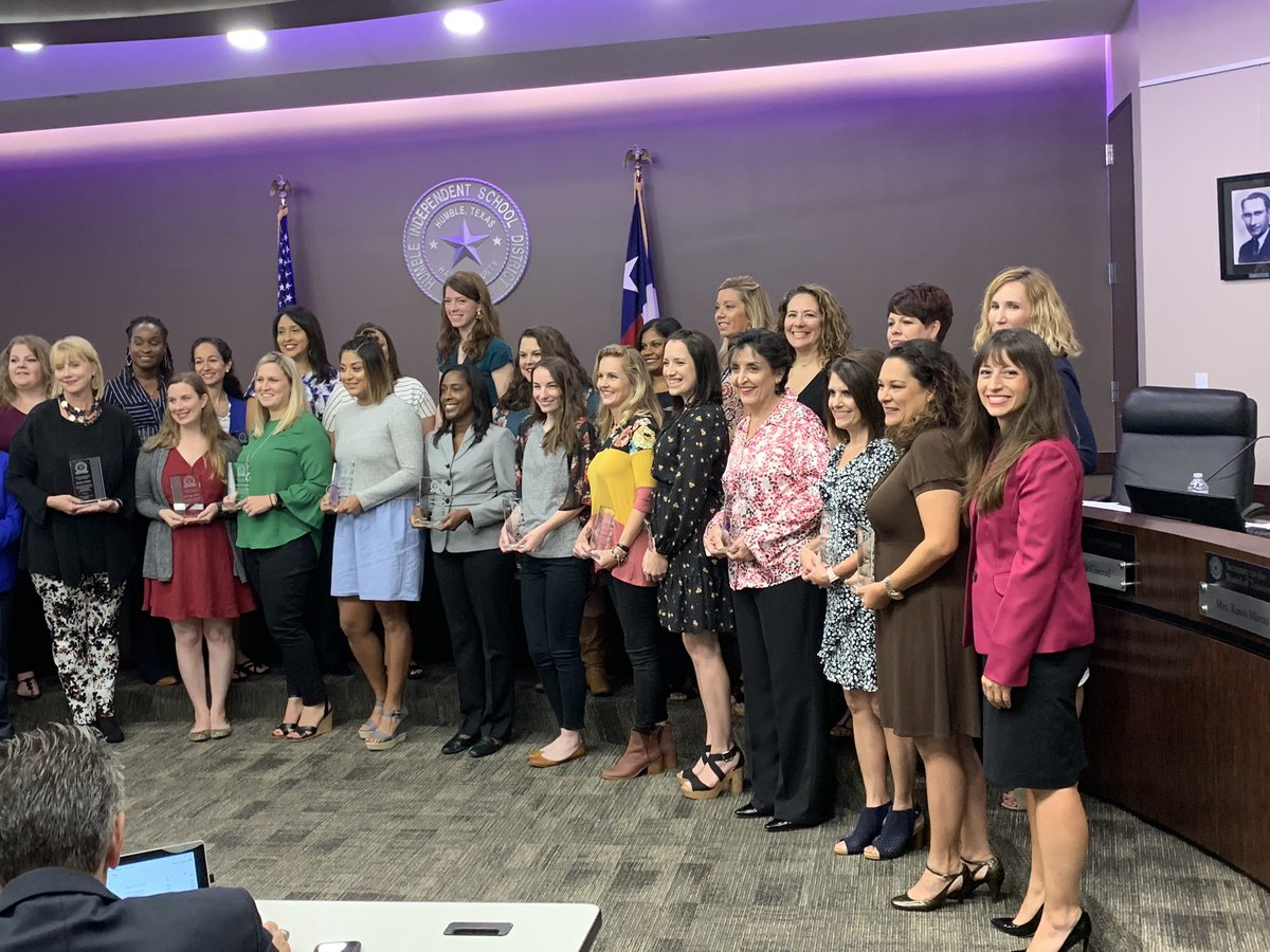 Our amazing Teacher of the Year Danielle Cantu was honored at tonight's School Board Meeting! #BeTheLight She's the Light! Congratulations, Ms. Cantu! We you! <br>http://pic.twitter.com/zAQAoYQG3a