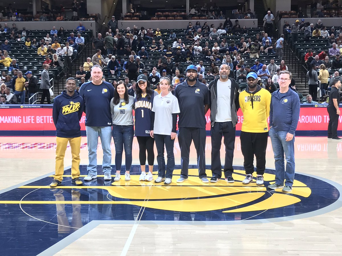 Tonight is Jr. @Pacers Night cared for by @StVincentIN at @TheFieldhouse! Fans received #WeGrowBasketballHere arm sleeves and other @jrnba goodies during the parachute drop. We thanked our Jr. Pacers coaches and various youth basketball groups got a chance to play on the court!