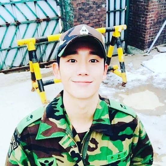 RT @HolyHaeInPH: Captain Yoo from Kdrama _____________ .❤️  #JungHaein #Holyhaeinph #Holyhaein #정해인 #jeonghaein https://t.co/5MlDoiPNzp