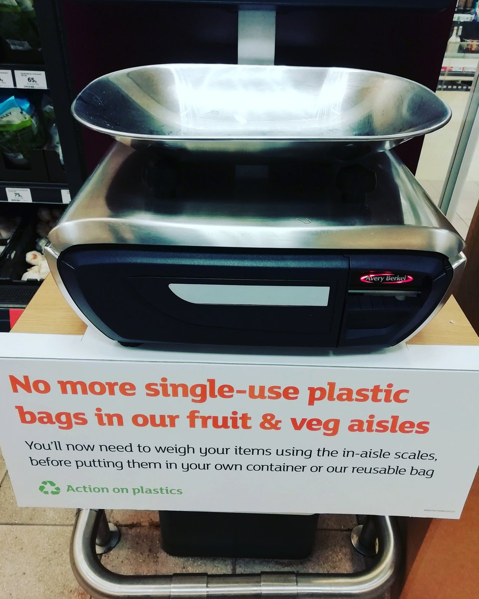 Thank you @sainsburys for finally getting rid of single use plastic bags! 👏  #nomoreplastic #nomoreplasticbags #whyplasticbagswhenyoudidnothavethemfortyyearsago #Leeds #headingley