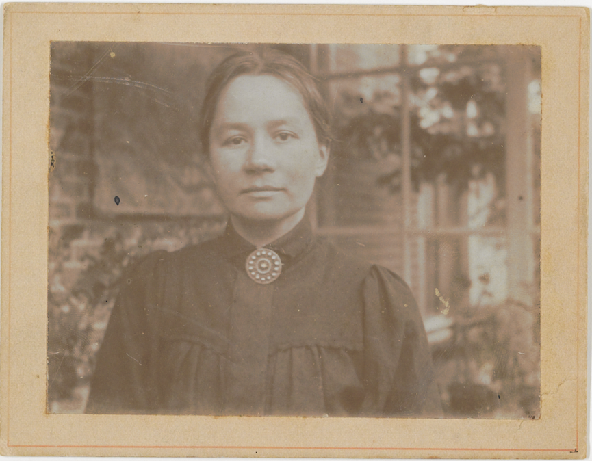 Today is a very special day. #OnThisDay in 1862, our Jo was born! Theo's wife, and Vincent van Gogh's sister-in-law. She was the woman behind Vincent's fame. Read her story: vangogh.nl/3SGB50wqxuD #JoVanGoghBonger