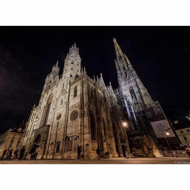 Cathedral • • • • #wien #architecture #wienfood #wienerhous #wien_love #wienna #wienliebe #wienmalanders #wienstagram #wiener #wienn #igerswien #wienerin #nightphoto #stadtwien #wienersofinstagram #tuwien #winenight #viennagoforit #igersvienna #vienn… https://ift.tt/2MazQc8pic.twitter.com/c6QwDzmVBi
