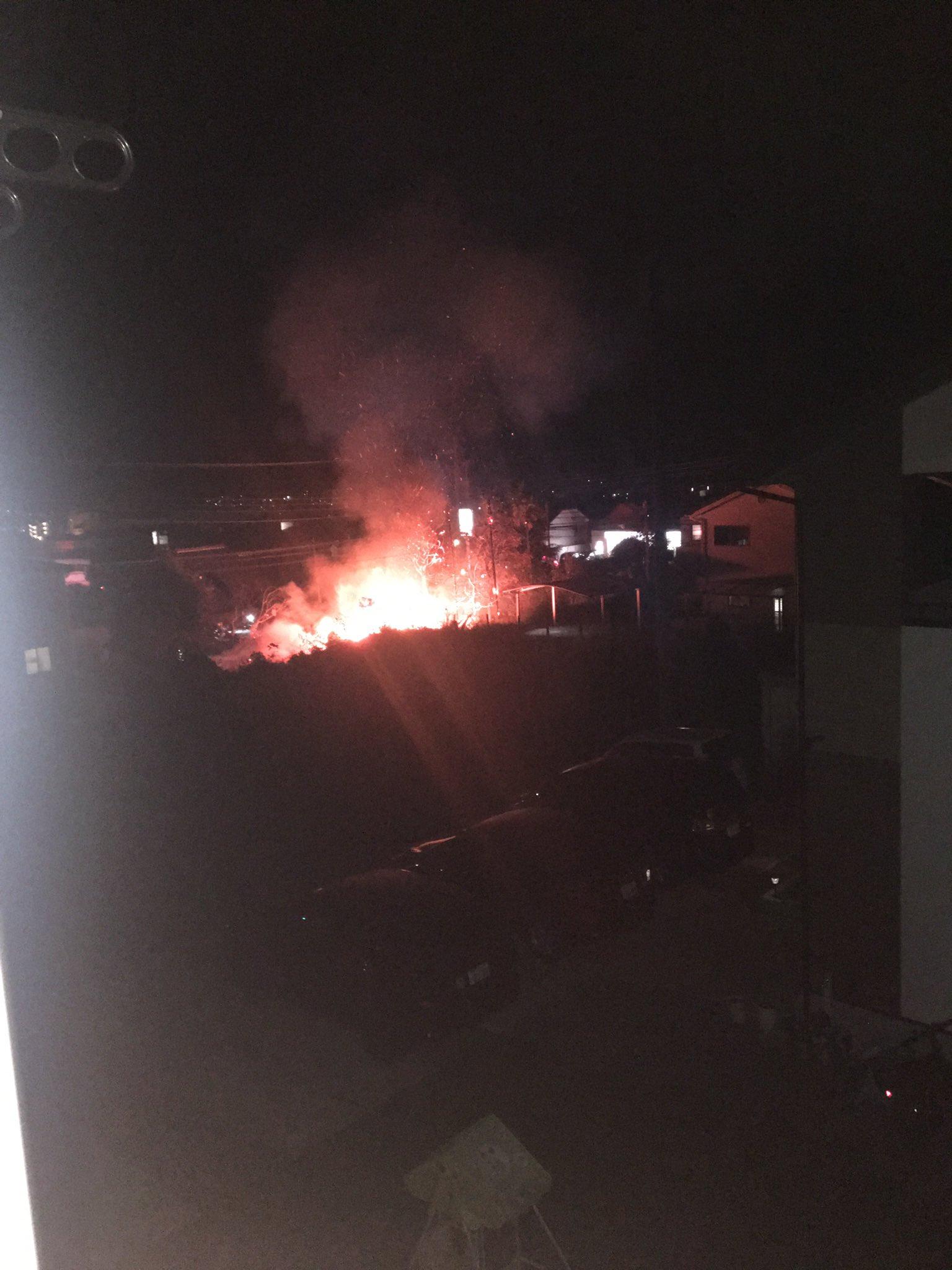 画像,アパート目の前?で火事 https://t.co/lfG5Pskhk5。