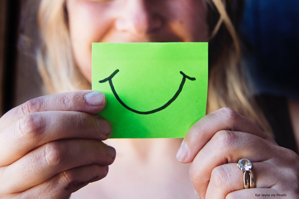 Its #WorldSmileDay. Tell us what makes you smile. Also see, heres why smiles are contagious: bit.ly/2AK17wK