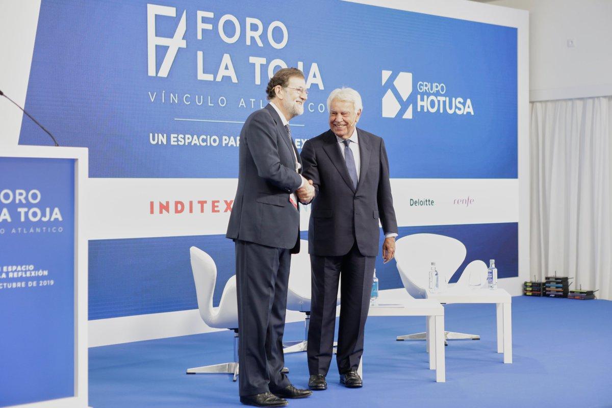 Esta mañana he tenido el honor de participar junto al Ex Presidente Felipe González y a Miriam González en el #ForoLaToja. Un excelente espacio de reflexión sobre el vínculo atlántico y la democracia liberal. https://t.co/jWsWo12kMN