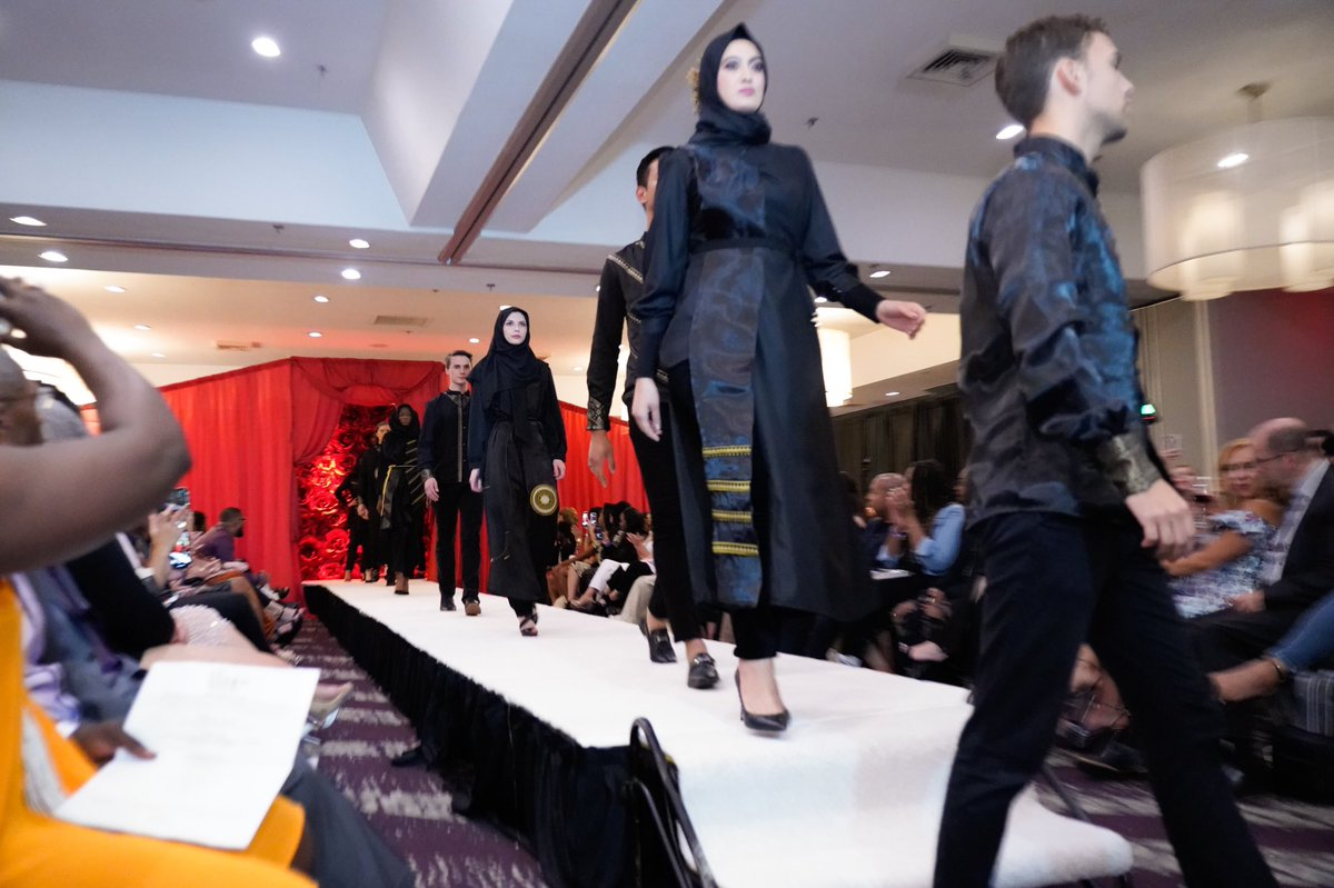 Indonesianembassy Dc On Twitter We Re Very Proud Of Indonesian Emerging Designers From Aceh Cut Putri Kausaria Of Get A Fashion Welin Dwi Meiansari Of Welin Official Who Presented Modestfashion W Indonesian