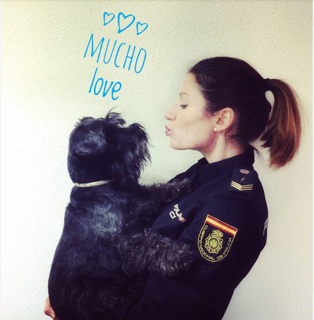 @policia's photo on #FelizMiércoles