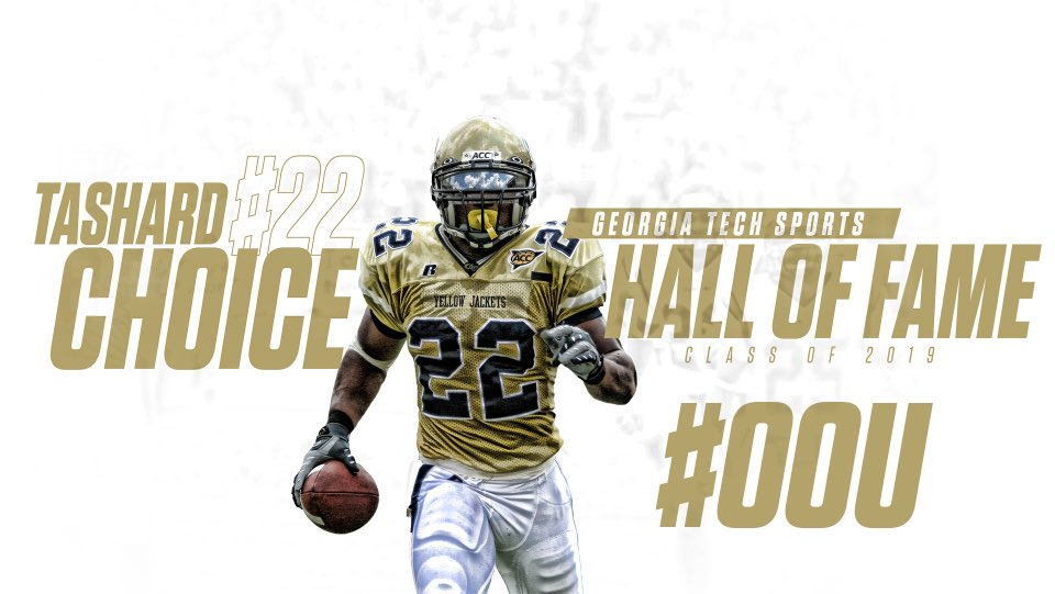Being recognized today for all the hard work helps me understand how thankful I am for the Lord, my family and friends. For all my teammates coaches and everybody who is responsible for today I want to say thank you. A special moment one time for the one time. 💯🐝👑