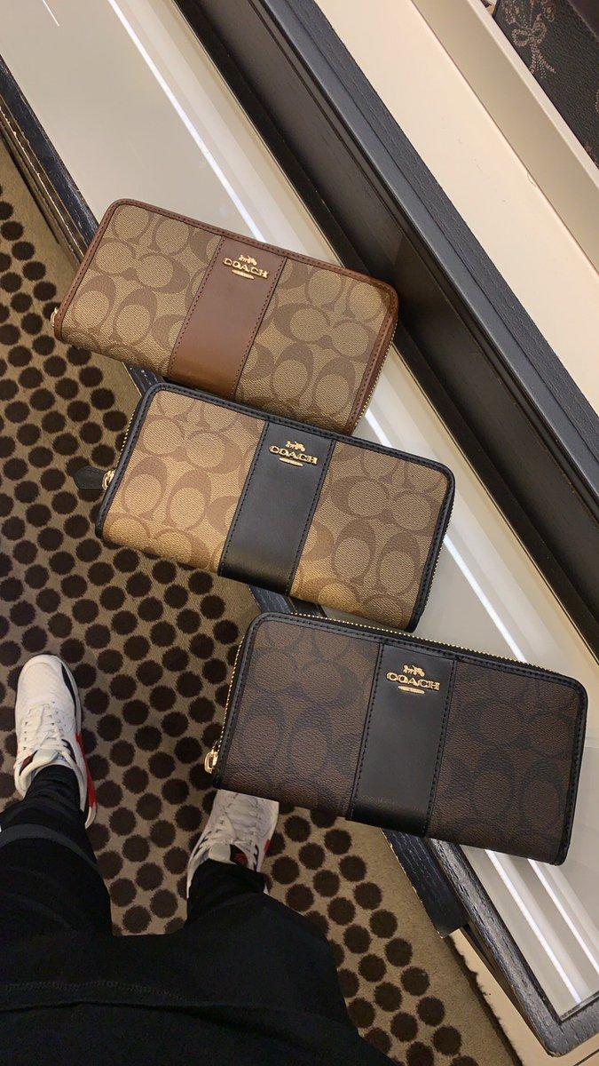 Coach wallet พร้อมส่งค่ะ 2990 Free ems❤#cosmeticsthailand #preorderusa #HowtoPerfect#พรีออเดอร์usa #กระเป๋าแบรนด์เนมแท้ #กระเป๋าcoach #coachthailand  #นาฬิกาแบรนด์เนมแท้ #HowtoBeauty #กระเป๋าพร้อมส่ง #brandnamethailand #ตลาดนัดสวนแครอท