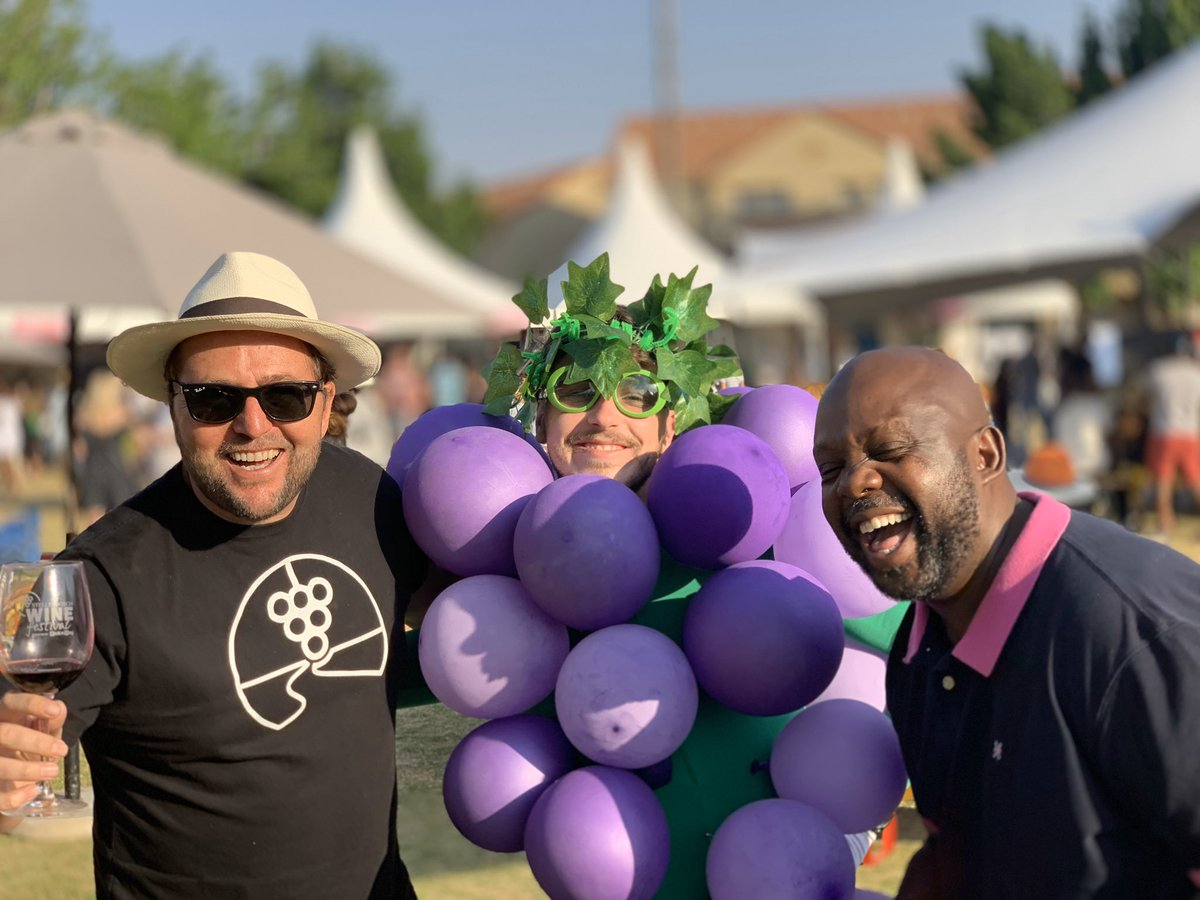 Wow - 2300 people at the sold out first day of the 2nd annual @StellWineFest in Joburg presented by @PicknPay at the Wanderers Club! Tickets still available for Sunday online and at the door. #SWFJHB stellenboschwinefestival.co.za