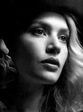 Happy birthday, Kate Winslet.