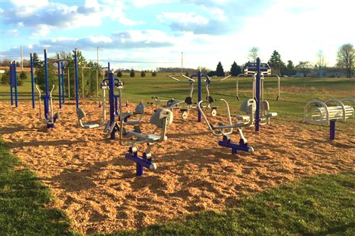 Check out this outdoor fitness center at my kids intermediate school (grade 4-6) #GetOutdoorsED