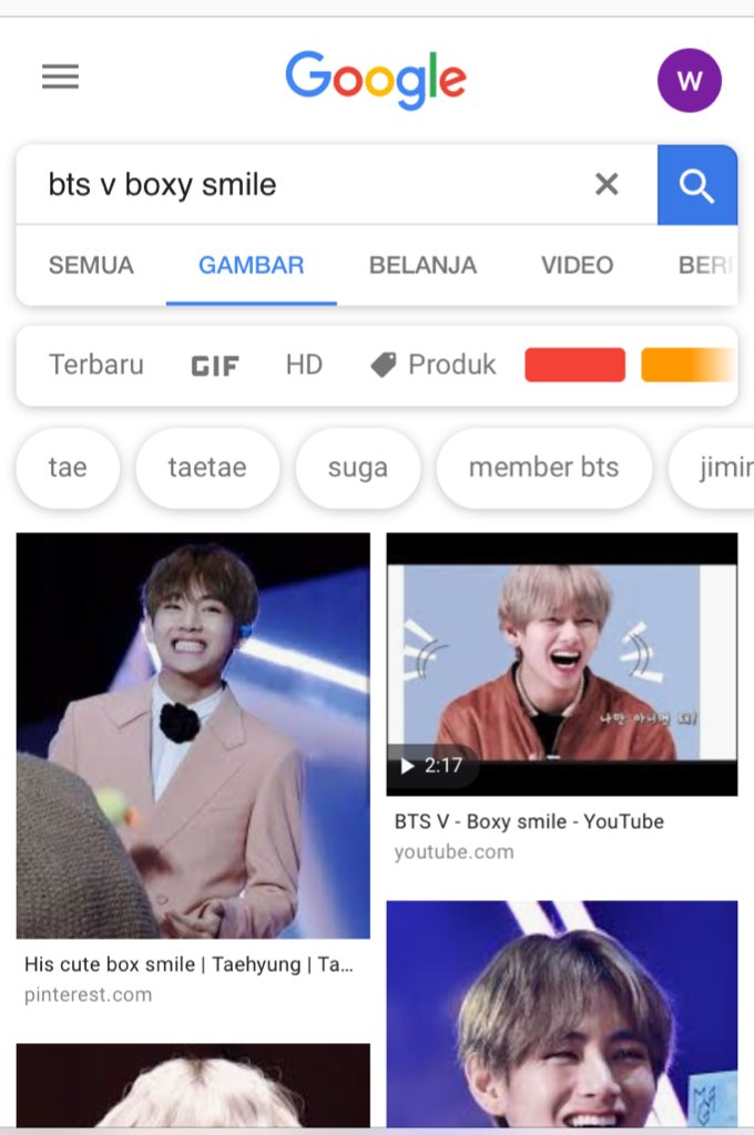 #TaehyungMedia  K-media wrote about #TAEHYUNG's boxy smile which attracted attention on #WorldSmileDay which always brighten up our day  Find his boxy smile and share what you've got with us by comment with his hashtags: #BTSV #방탄소년단뷔   http://www. apsk.co.kr/news/articleVi ew.html?idxno=19069  … <br>http://pic.twitter.com/QHBqS58fLR