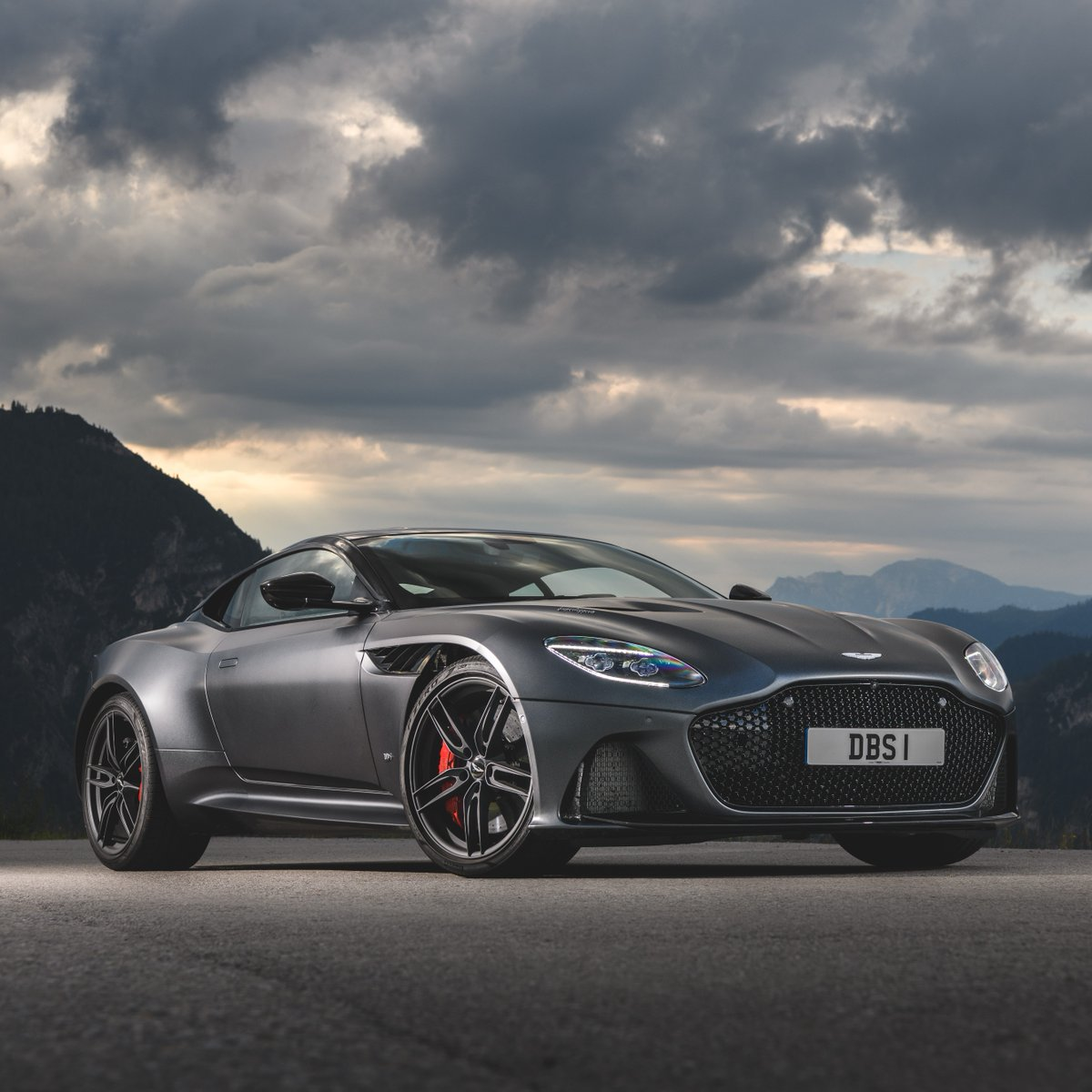 Aston Martin On Twitter Past Present And Future To Mark The 25th Bond Film Notimetodie Four Of Our Cars Will Be Featured In The Film From The Classic Db5 And V8 Vantage