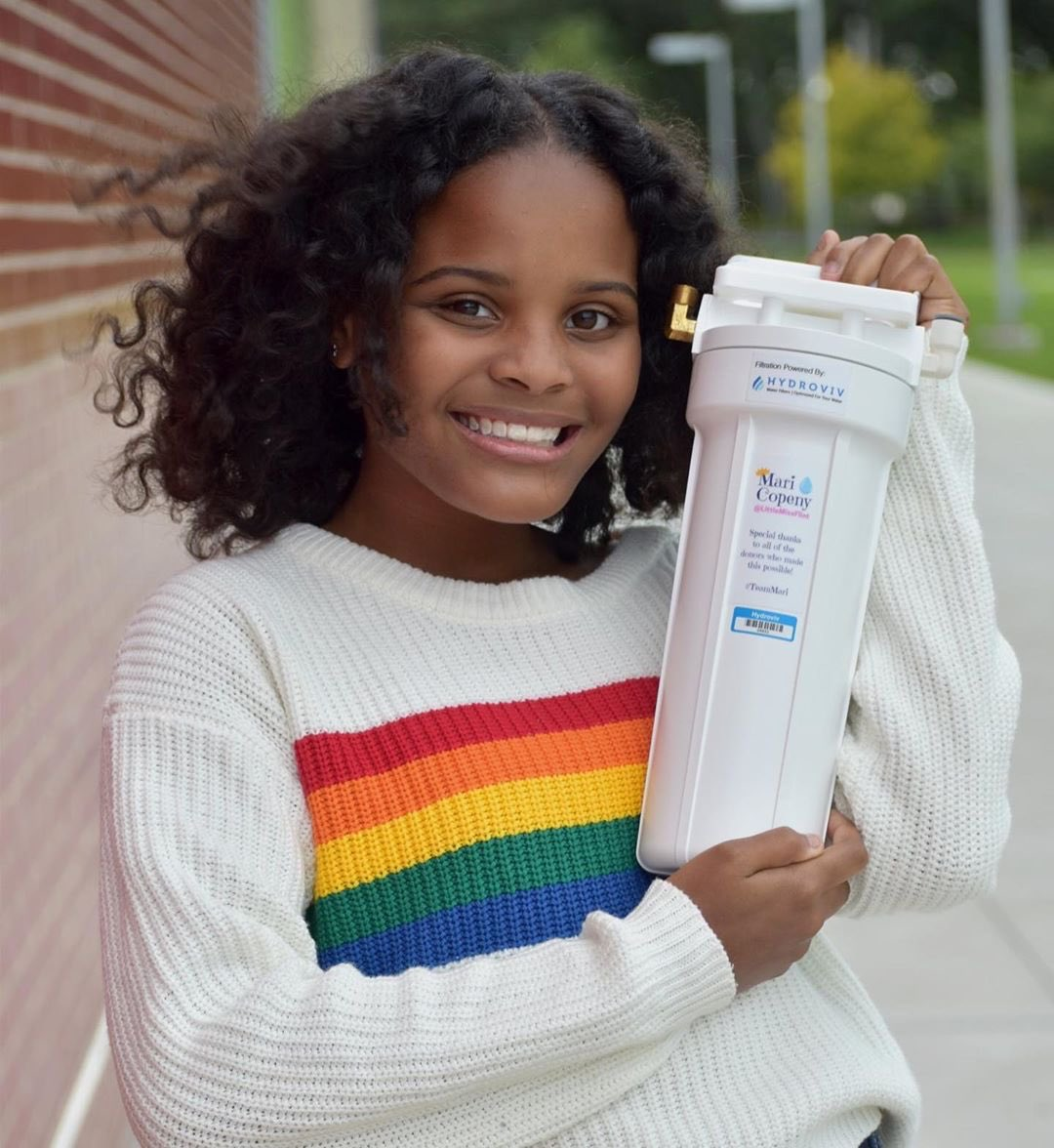 If you can, please consider supporting @LittleMissFlint's GoFundMe to help bring clean water to communities in America that are also facing a water crisis: gofundme.com/f/TeamMariWater