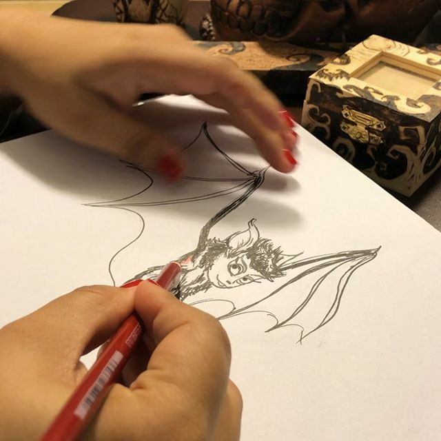 I've been busy today. Kairi asked me to do a Bat Lydia. So I did.  . . #beetlejuice #lydiadeetz #bat #batart #cartoon #sketchbook #characterdesign #spoopy #deadlyvu #redbat #animatedseriesinspired #artistoninstagram https://ift.tt/2Oy0AWTpic.twitter.com/CjSVaTf1n0