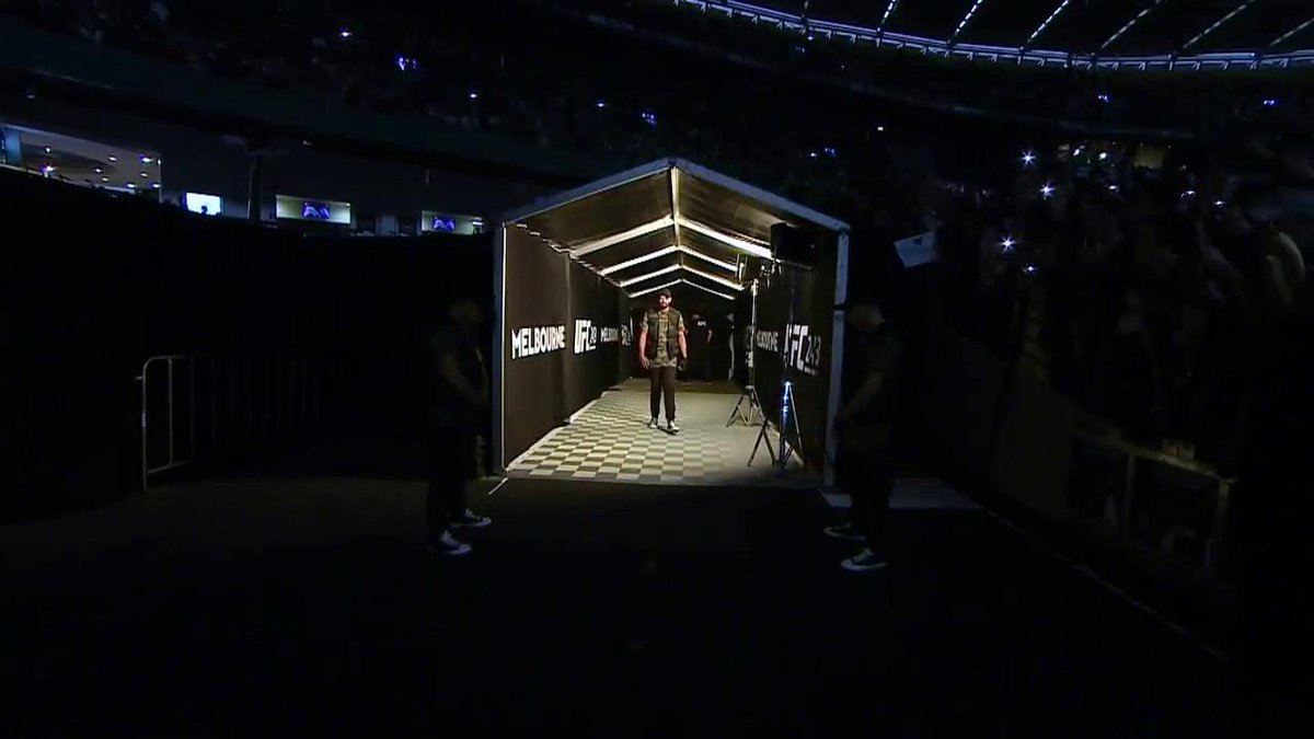 UFC 243: Israel Adesanya's insanely coordinated walkout was superb
